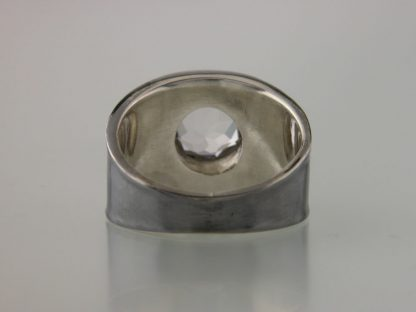 kate-wilcox-leigh-ring-thickened-edge-narrow-sterling-quartz-back