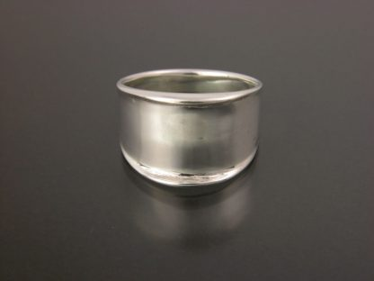 Kate Wilcox-Leigh Ring Narrow Thickened Edge Sterling Front View